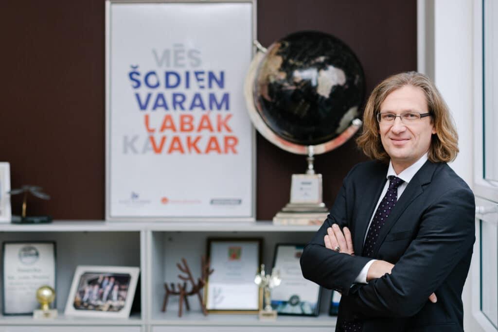Lotos Pharma Latvijas farmācijas uzņēmums