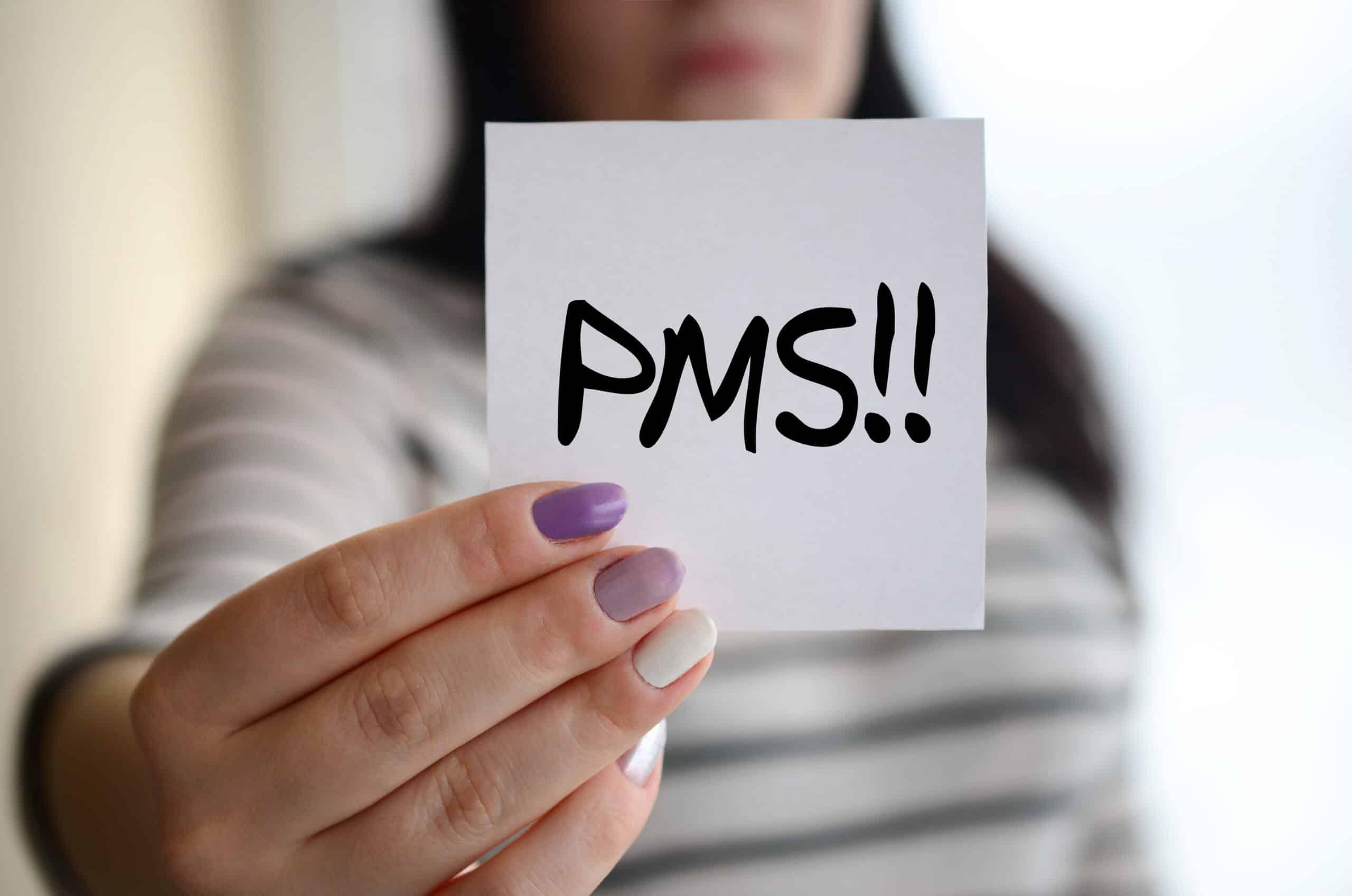 Kādi ir PMS simtomi?